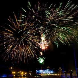 Lettres de feux et feu - Caudan Waterfront